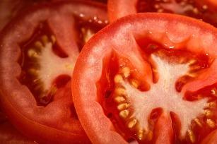 tomato-769999_1920