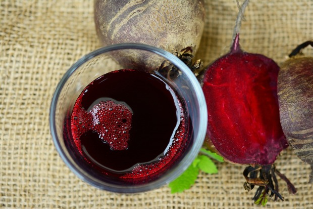 beetroot-juice-2512474_1920