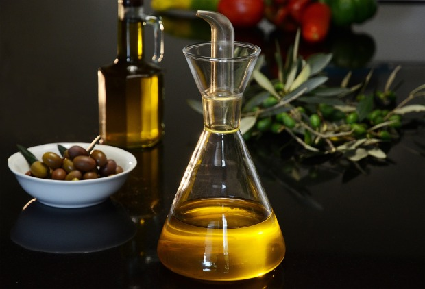 extra-virgin-olive-oil-4403217_1920